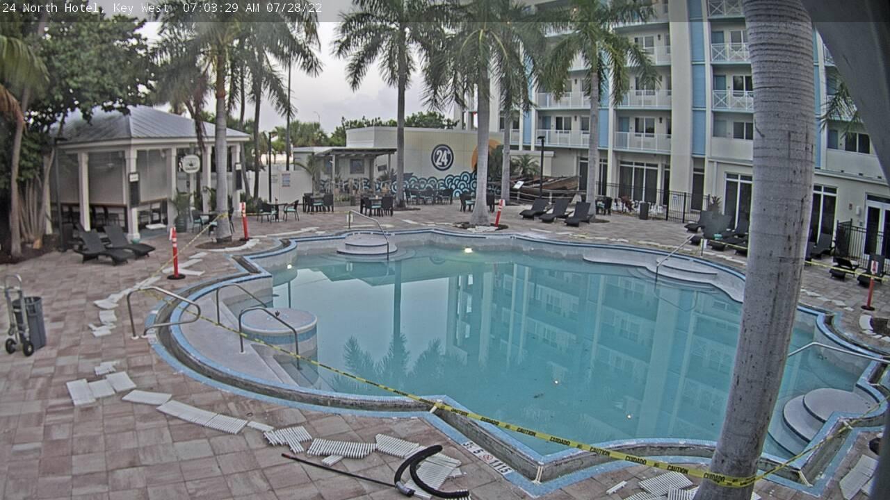 24 North Hotel: Pool Cam