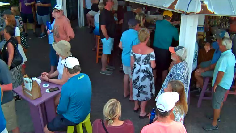 Ocean Key Resort: Bar Cam