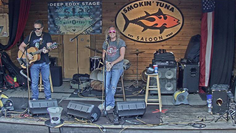 Smokin' Tuna Saloon: Stage Cam